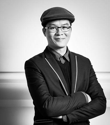 Michael Wu, PhD Chief AI Strategist headshot